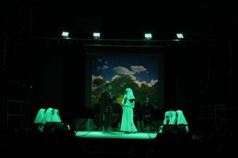 Illuminazione palco spettacolo