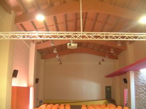 Videoproiettore a soffitto