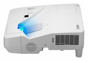 NEC-UM330X